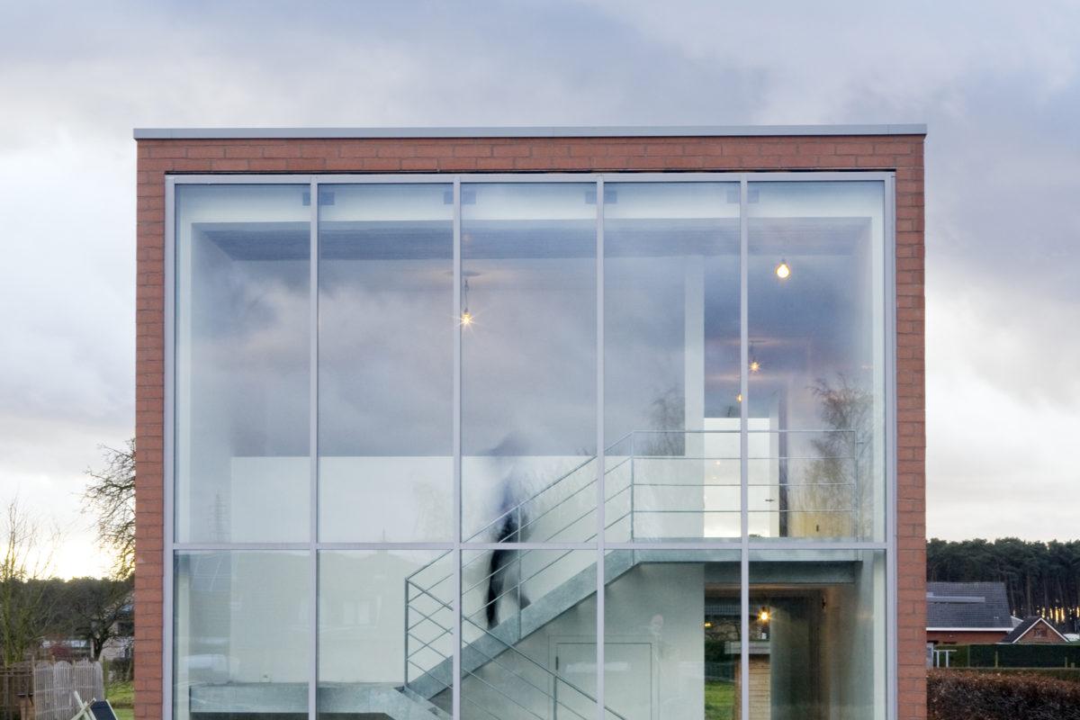 B ILD house h 02 B